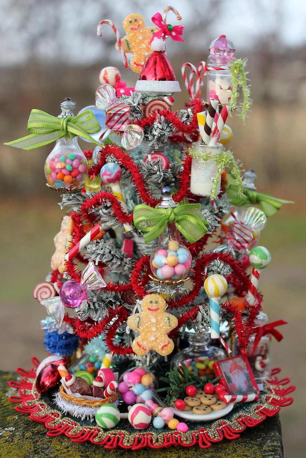 Dollhouse miniature regular candy shop or by 19thdayminiatures for Miniature tree decorated with sea shells