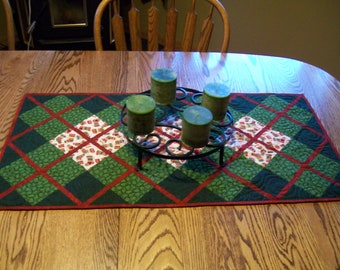 Red Ribbons Holiday Quilted Table Runner