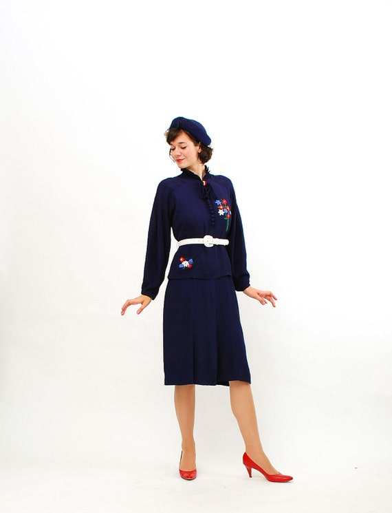Vintage 1930s Dress - 30s Rayon Dress - Navy Blue with Beaded Flowers