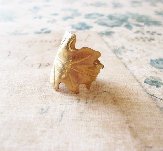 Gold Oak Leaf Ring Botanical Jewelry Woodland Fairy Elf Forest Garden Wedding Nature Inspired Rustic Accessories Vintage Style Womens Gift