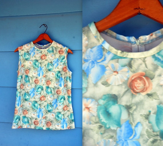 1970s. blue & teal floral tank. s-m