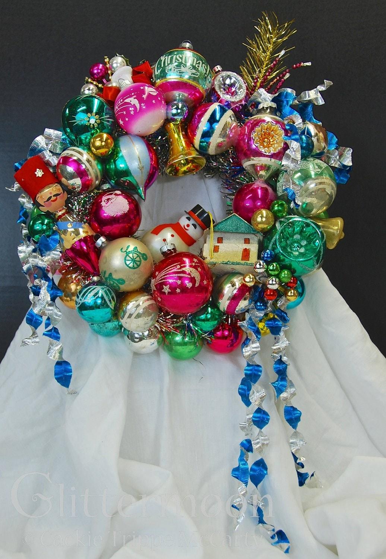 Vintage Christmas Ornament Wreath LITTLE CHARMER