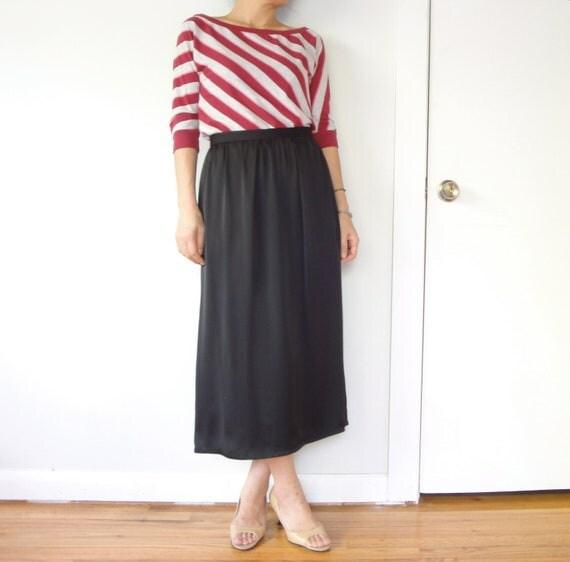 vintage women PIERRE CARDIN black high waist midi calf length pleated full skirt (small, 2 4 6)