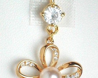 Unique Belly Ring - 9K GF Flower with CZ'S and a Pearl