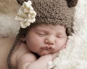 Little Bear Hat with Optional Flower Crochet Pattern (427)