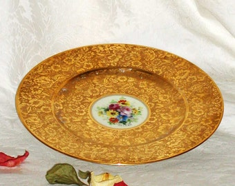 French Cabinet Plate of Gold on Gold With Handpainted Center Floral 10 3/4""