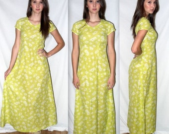All apologies ... vintage 90s maxi dress / 1990s grunge sunflower / festival boho daisy / romantic floral / lime green ..  XS S