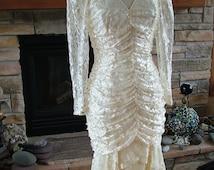 Wedding dress vintage 1980s does vintage 1920s flapper bridal gown lace dress