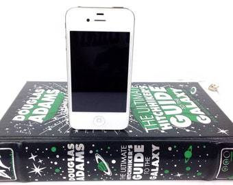 Hitchhiker's Guide to the Galaxy booksi for iPhone or Android - Douglas Adams