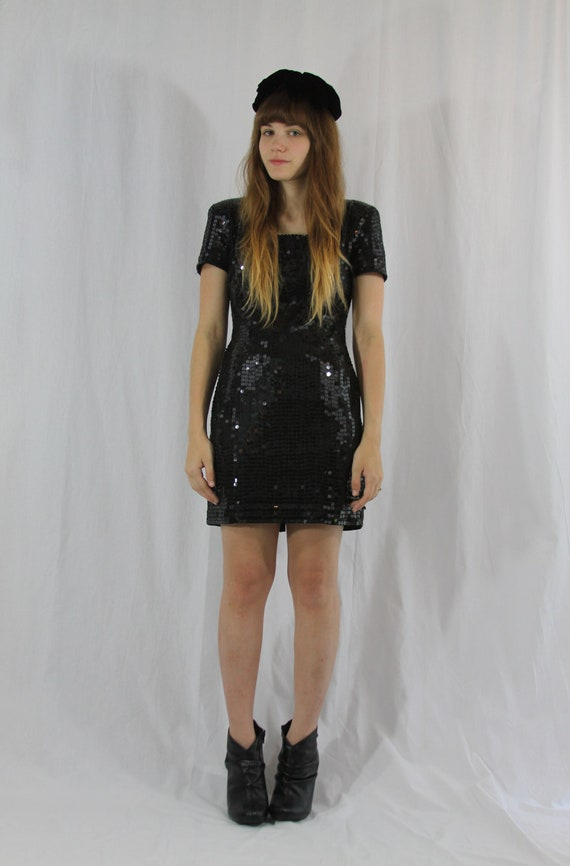 black sequined classic mod dress- small