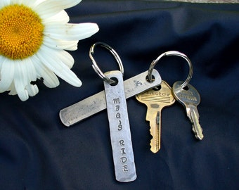 PERSONALIZED KEYCHAIN HAMMERED  , Gifts for Groomsmen , Gifts for Grooms , Gromsmen gifts , Gifts for him