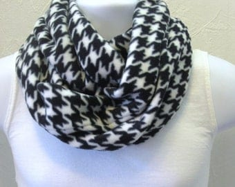 Fleece Hounds Tooth Infinity Scarf Black and White Houndstootn Double Loop Circle Scarf