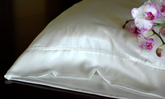 Silk Pillowcase Standard Size, Pure White Silk Charmeuse, Hypoallergenic Bed Linen for Sensitive Skin and Hair Care