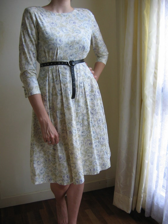 Blue roses long sleeved '80s does 50s' dress