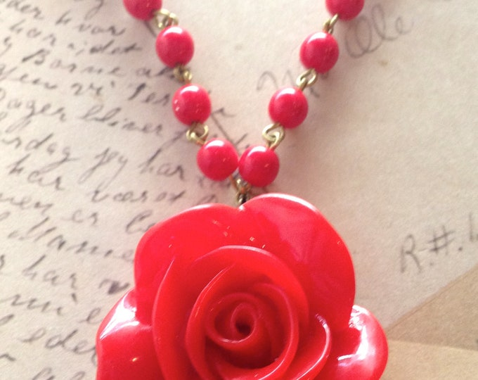 Jewelry Necklace, Red Rose Necklace, Pin Up Necklace, 50's Style Necklace, Flower Cabochon Necklace, Vintage Red Bead Necklace