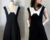 50% OFF SALE / An Education - White lace collar vintage inspired little black dress with pockets / stretch ponte knit // v neck // victorian