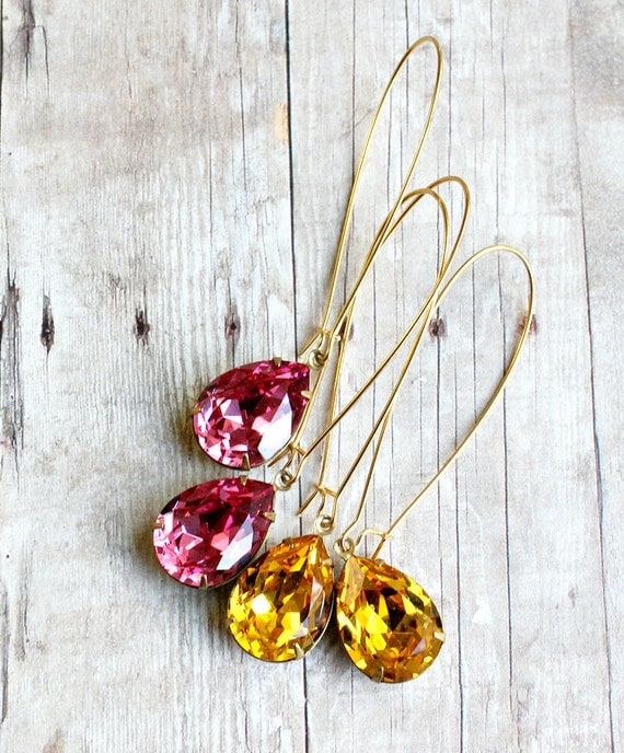 Swarovski Sparkle Earrings. Fall. Autumn. Delicate. Bridesmaids. Weddings.Old Hollywood Glam., Valentine, Gifts