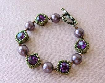 Burgundy Pearl Bracelet Swarovski Crystal Bracelet Seed Bead Bracelet Bead Woven Bracelet Amethyst Jewelry Wedding Jewelry Autumn Jewelry