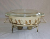 Vintage Pyrex Golden Hearts Covered Casserole Warmer Stand 2.5 Quarts