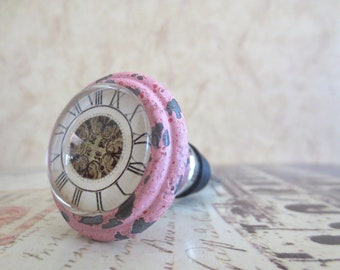 Wine Bottle Stopper - Distressed Pink Clock Wine Stopper