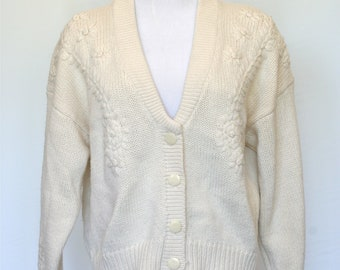 80's Vintage Cardigan Sweater - Embroidered Flowers