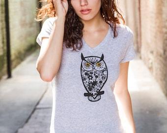 Womens Owl Shirt | Owl tshirt | Ladies tshirts | owl t shirts women | owl print t shirts | V-neck | Gift for her | cute animal shirts