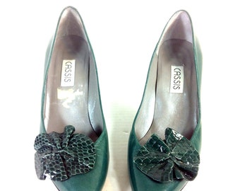 Green Leather Stiletto Pumps 6.5 - Snake Skin Flower Pumps 6.5