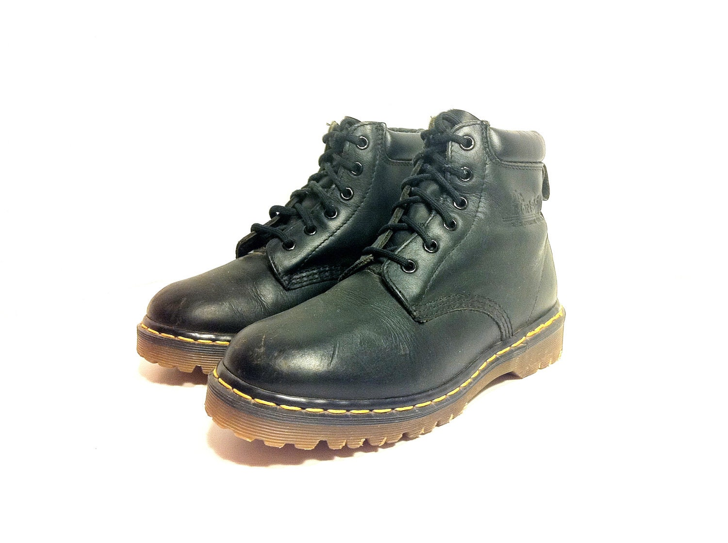 vintage dr marten boots 7 womens doc martens by