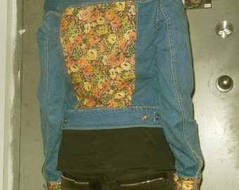ON SALE - Blue jean jacket with floral collar, backpatch, pockets and cuffs.