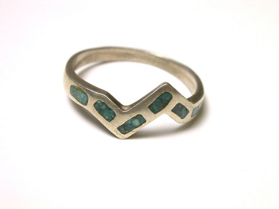 Turquoise and Sterling Silver Ring - Size 8  - Weight 2 Grams - Zig Zag Design - REDUCED # 48