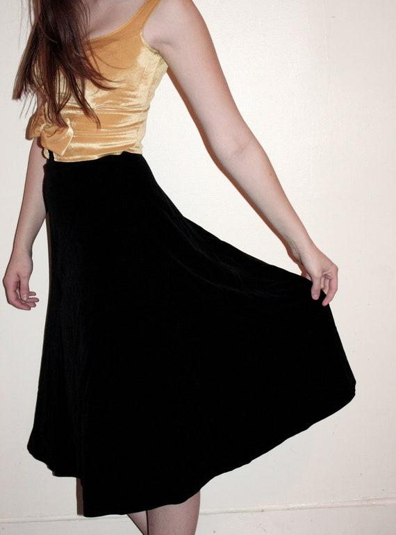 vintage black velvet high waisted flowy skirt by
