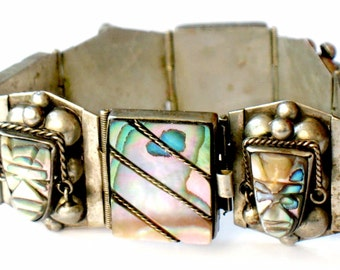 Taxco Face Bracelet 925 Silver Abalone Carved High Fashion Vintage Collectable Signed Tribal Jewelry Silver Pearl