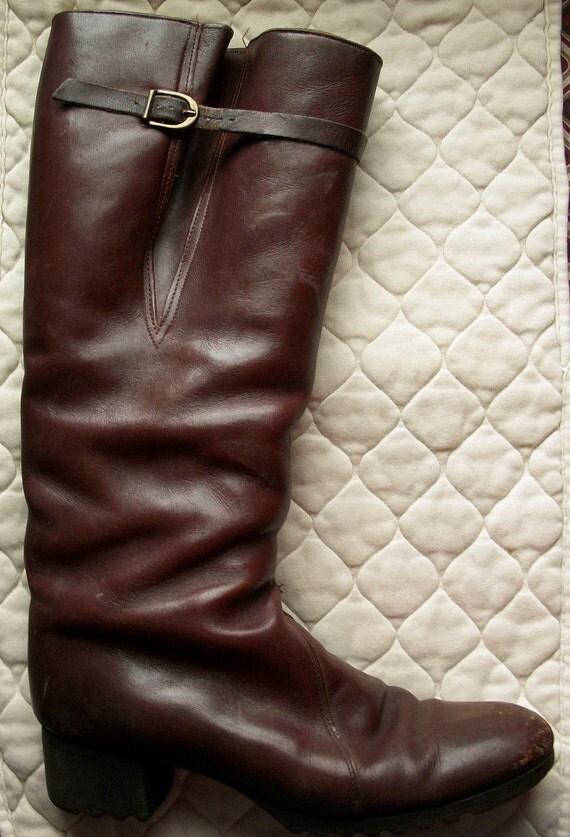 SALE: Vintage boots - 1970s leather riding boots - US 9