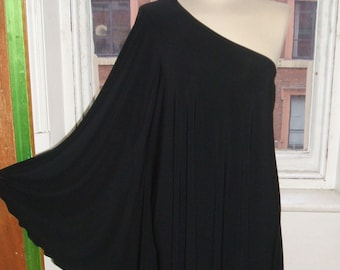 Baylis & Knight STUDIO 54 Batwing 70's Disco Glam One Shoulder Bat Wing Dress Black Elegant (Smock)
