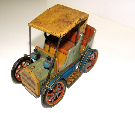 Vintage Tin Lever Action Car by Modern Toys Japan c1940s