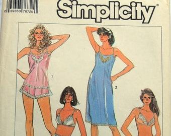 Simplicity 7672 Pattern - Uncut 20 Pieces - Slip, Bra, Panties, Bikini - Vintage - Fabulous!
