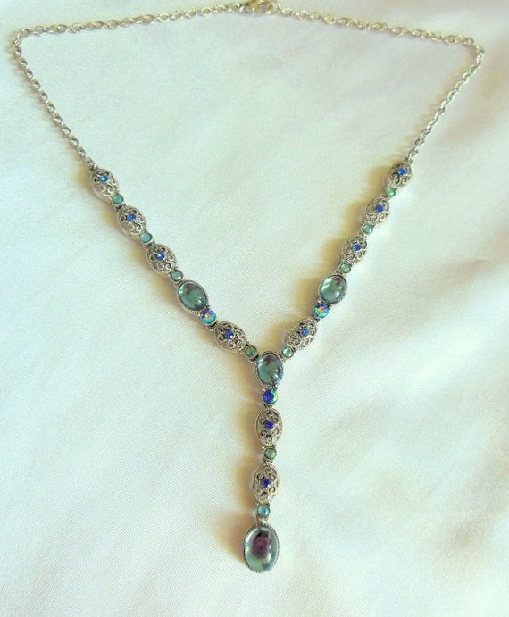 Vintage Avon Necklace with Blue Cabochon Stones and Rhinestones in Silver