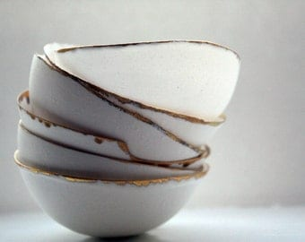 Fine bone china small stoneware bowl with real gold.