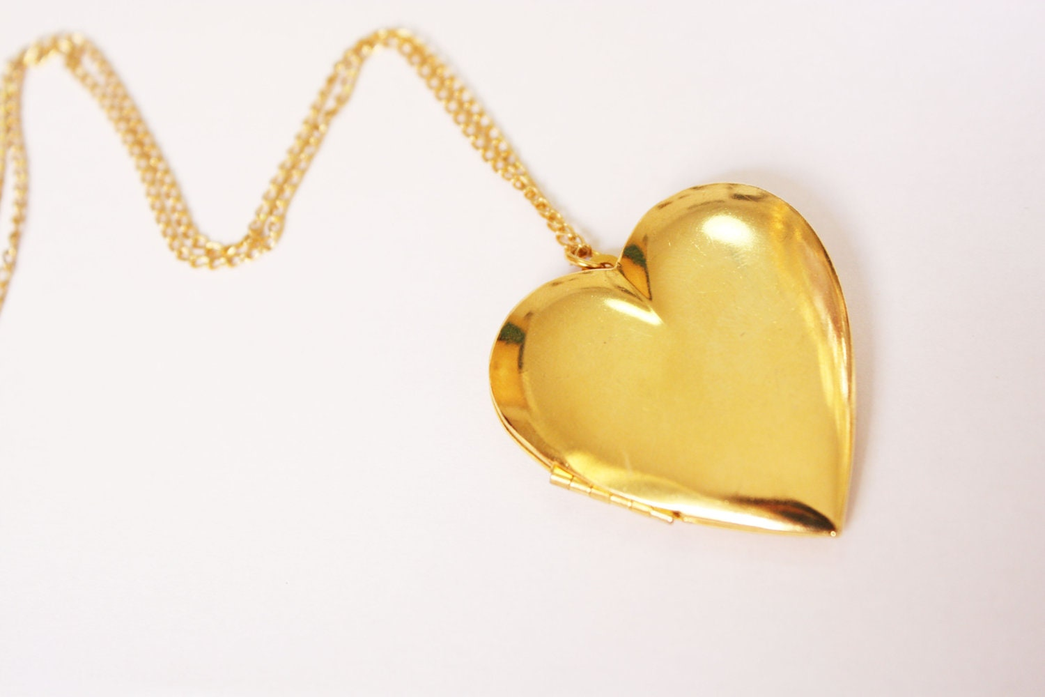 Gold Heart Locket Chain Necklace by galisfly on Etsy