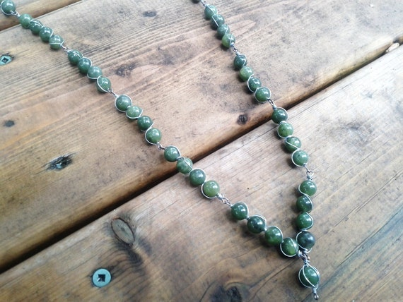 Green Glass Beads, Wire-Wrapped With Silver Coloured Chain