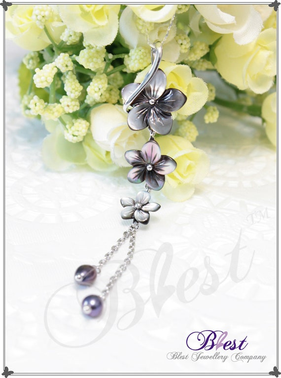 Blest Jewellery - Flower Shape Black Color Mother Of Pearl Pendant With Black Freshwater Pearl, 925 Silver