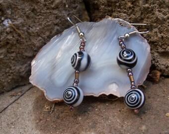 Black and White Bullseye Spiral Glass Beaded Earrings