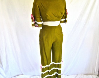 S 60s 2pc Pantsuit Gidget Go Go in Pink & Olive Green Crop Top Flared Pant Rayon Small