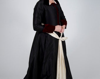 Pattern for Early Tudor Ladies' Gowns - Small Sizes