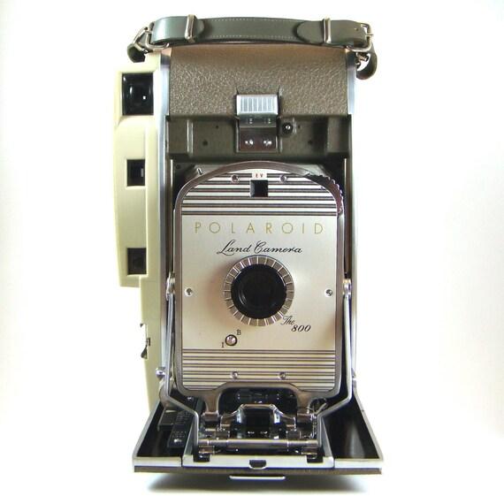 polaroid 800 land instant camera vintage camera by finebirdvintage. Black Bedroom Furniture Sets. Home Design Ideas