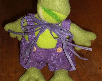 Adorable 100% hand-sewn frog.