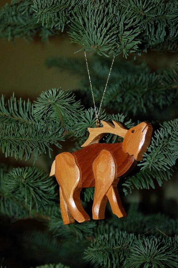Elk christmas ornament carving