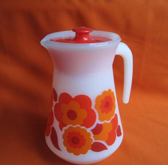 Large Arcopal France Lotus Pitcher Jug Carafe White Milk Glass Red and Orange Flower Pattern Red Plastic Lid Mid Century Garden Party Summer