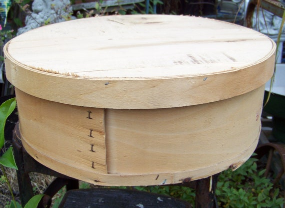 Vintage round wooden cheese boxgreat for repurpose and for Circular wooden box