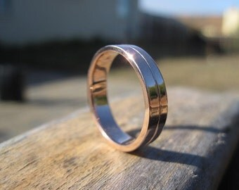 Wedding Band in 14K Rose Gold, Yellow Gold, or White Gold